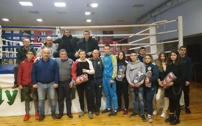 Нагороди знайшли достойних їх: у Тернополі відзначили боксерів