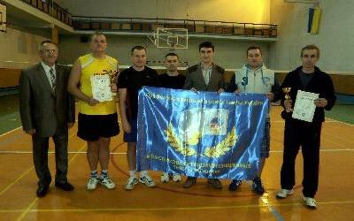 Любителі бадмінтону вшанували Національний Олімпійський комітет України