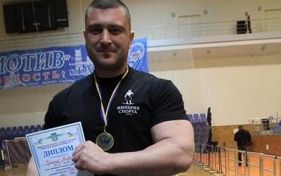 Андрій Пушкар вкотре став чемпіоном України з армспорту