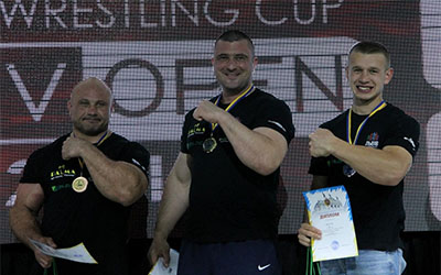 Андрій Пушкар - абсолютний чемпіон Всеукраїнського турніру з армрестлінгу