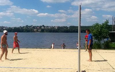 Турнір із пляжного волейболу зібрав на двох спортмайданчиках волейболістів з усієї Тернопільщини