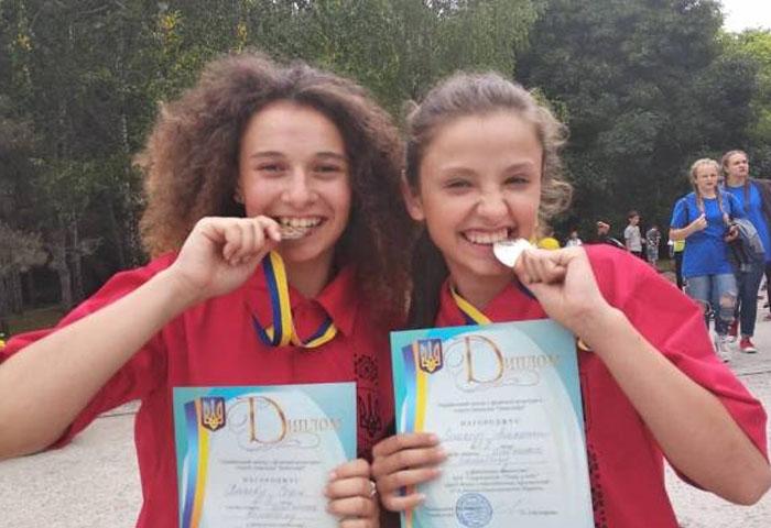 """Волейболістки """"Інваспорту"""" завоювали срібні нагороди у Одесі"""