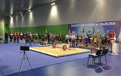 Важкоатлетка Василина Боднарик виграла