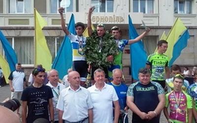 В Тернополі рекордна кількість велосипедистів змагалась за звання чемпіона України