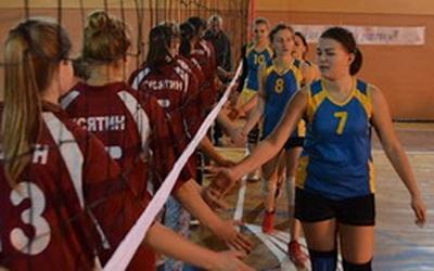 Дівчата з Галицького коледжу — кращі у волейболі