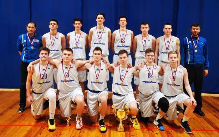 Чортків'янин Владислав Ніколайчук став кращим гравцем у матчі збірної України з баскетболу проти латвійців