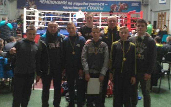 Тернопільські школярі показали себе на Зональному чемпіонаті України з боксу