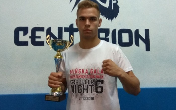 Олег Богданович переміг у професійних боях зі змішаних єдиноборств у Польщі