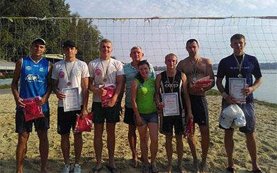 Літній сезон в Тернополі завершився ІІІ турніром з пляжного волейболу