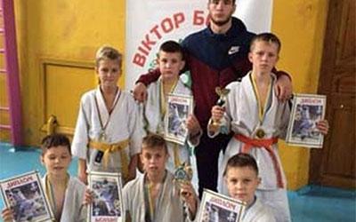На Хмельниччині дзюдоїсти з Тернополя вибороли п'ять медалей