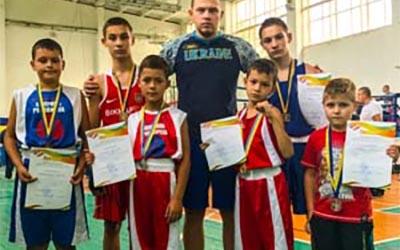 Юні боксери з Тернополя вибороли шість медалей різного гатунку