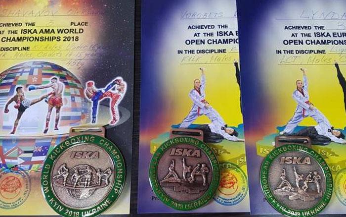 Тернопільські кікбоксери здобули три медалі на чемпіонаті світу