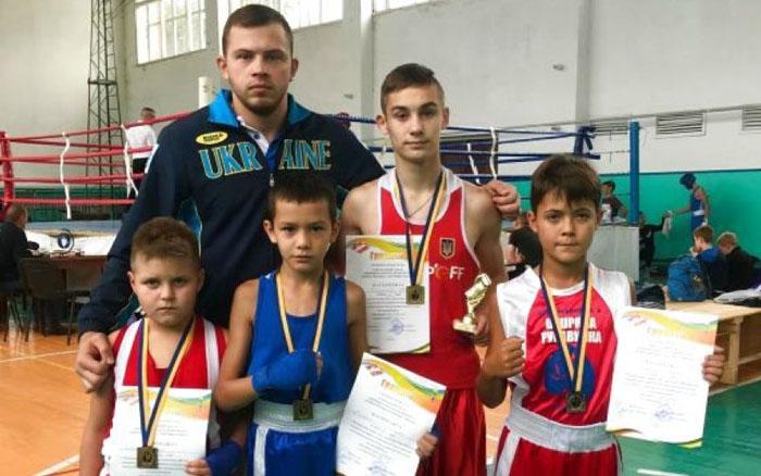 Тернопільські боксери увінчали рідне місто чотирма перемогами