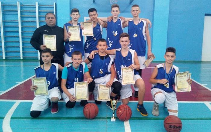 В Тернополі відбувся чемпіонат області з баскетболу серед юнаків