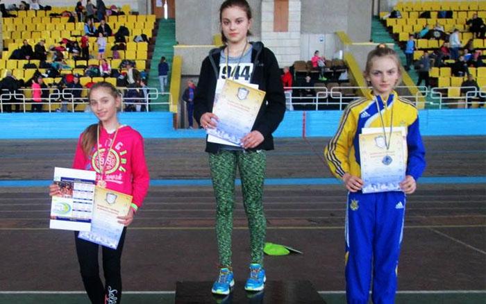 Юна легкоатлетка зі Зборова Марія Мочук демонструє високі успіхи
